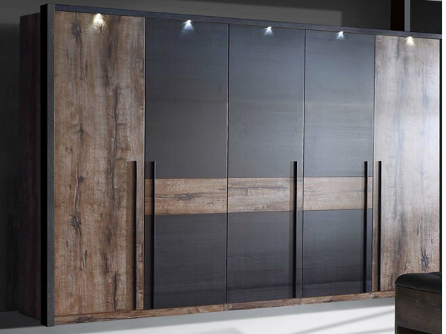 02-five-door-wardrobe-design-zi-woodz
